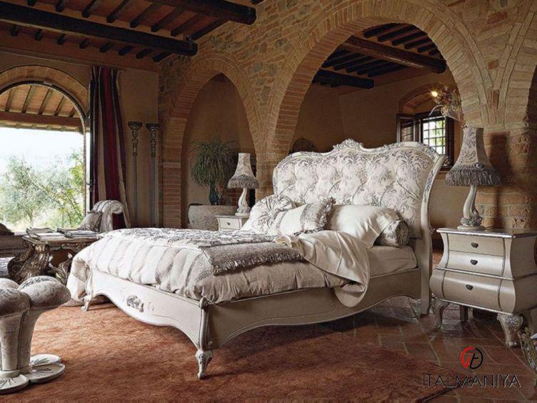 Фото 1 - Спальня Leonardo 54 фабрики Volpi (производство Италия) в классическом стиле из массива дерева