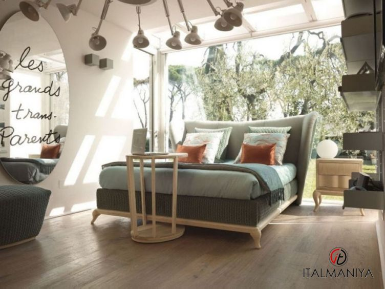 Фото 1 - Спальня Mirabella фабрики Volpi (производство Италия) в классическом стиле из массива дерева