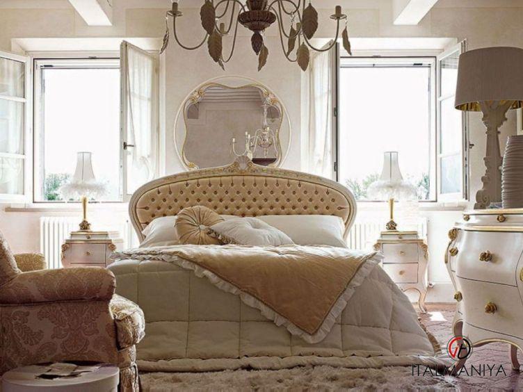 Фото 1 - Спальня Persia 43 фабрики Volpi (производство Италия) в классическом стиле из массива дерева