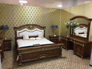Спальня (кровать, столик, 2 тумбы) Luigi XVI Valderamobili