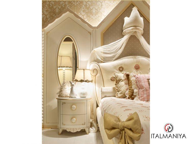 Фото 1 - Тумба прикроватная Littel Princess фабрики Ebanisteria Bacci (производство Италия) в классическом стиле из массива дерева