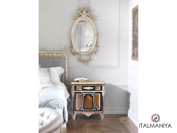 Фото 1 - Тумба прикроватная с одним ящиком Prestige фабрики Medea (производство Италия) в классическом стиле из массива дерева