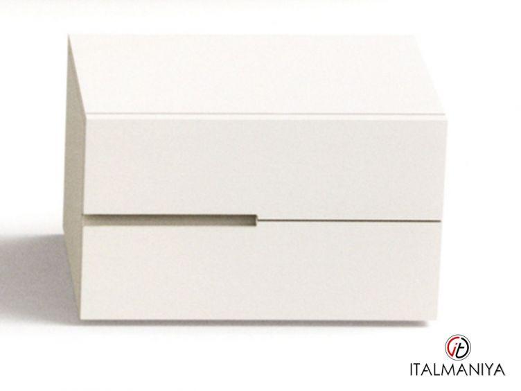 Фото 1 - Тумба прикроватная Segno фабрики Pianca (производство Италия) в современном стиле из массива дерева