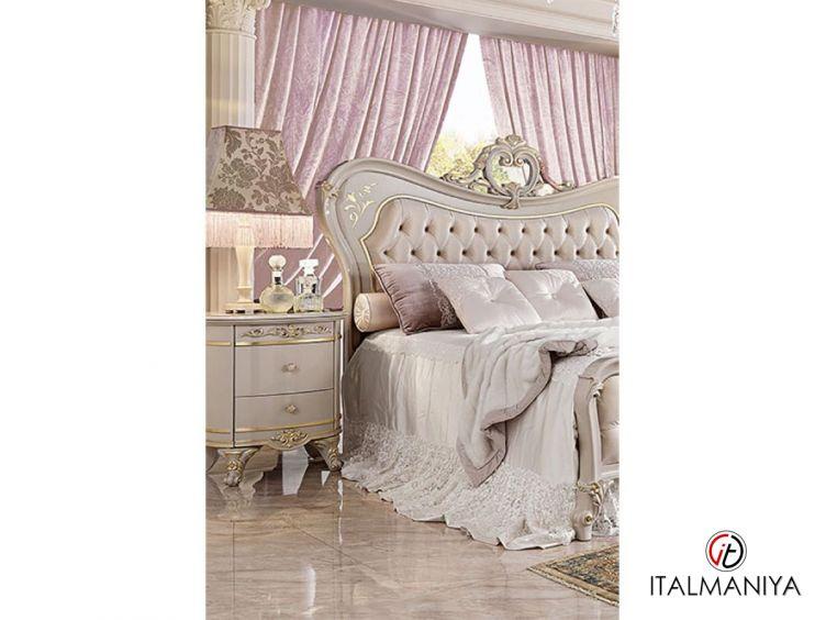 Фото 1 - Тумба прикроватная Diamante фабрики Barnini Oseo (производство Италия) в классическом стиле из массива дерева