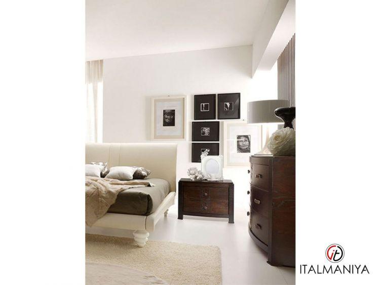 Фото 1 - Тумба прикроватная Fashion time фабрики Barnini Oseo (производство Италия) в современном стиле из массива дерева