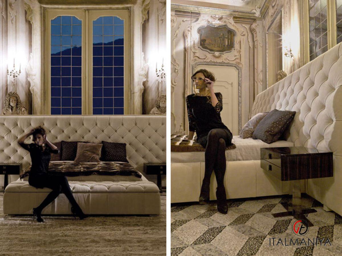 Фото 2 - Спальня Napoleon фабрики Longhi
