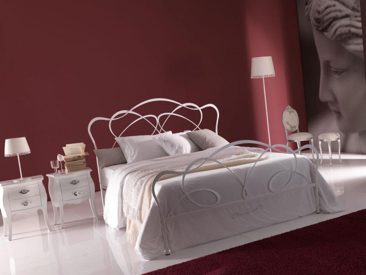Фото 4 - Итальянская кованая кровать Fantasy фабрики Bontempi Casa в белом лаке